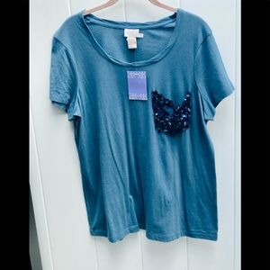 Hot in Hollywood size large short sleeve top